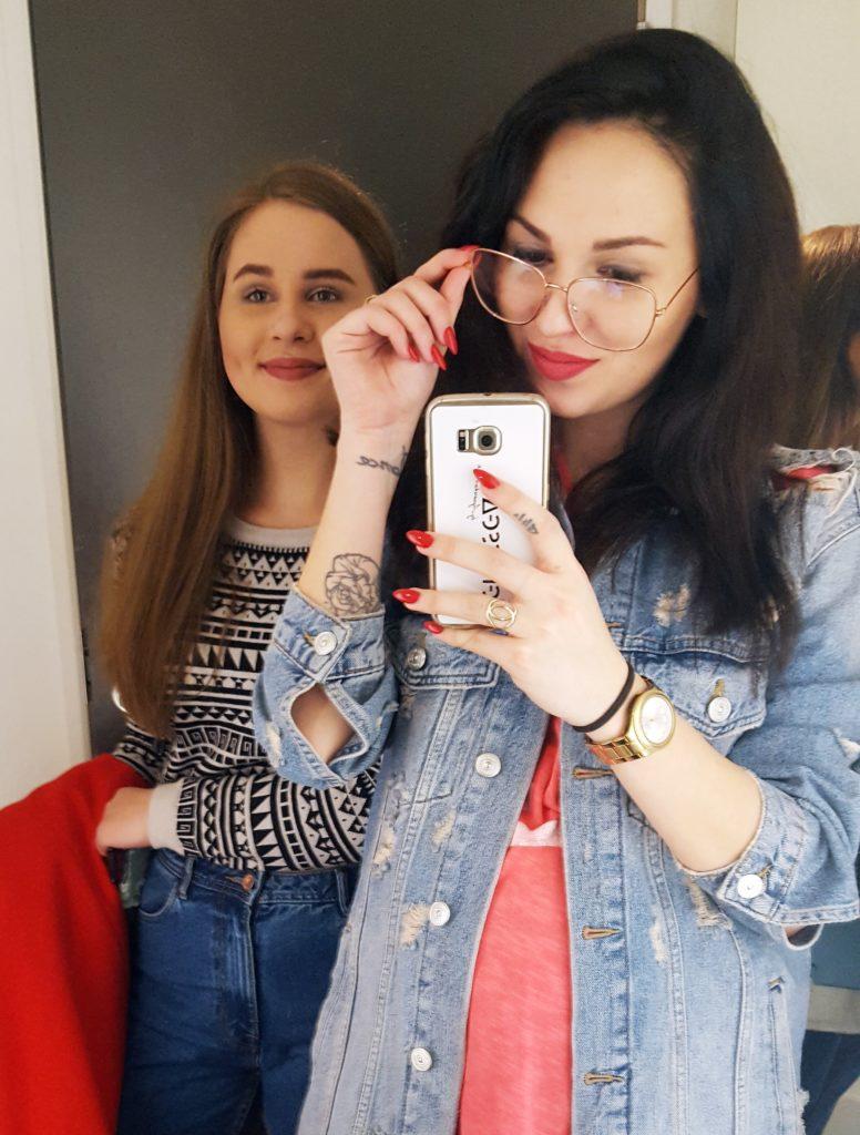sisters love